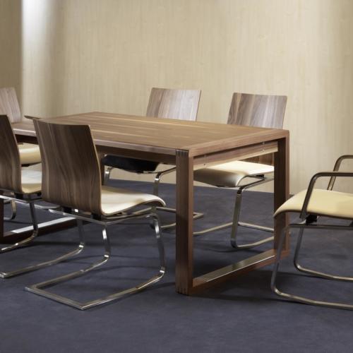 Tischgruppe mit MOIZI 24 <br>JPG | 3508 x 2480 px | 549 kb
