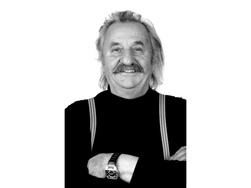 Peter Moizi<br> JPG |  2238 x 3458 px | 1 mb